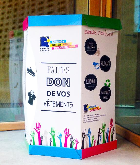 Conteneur à vêtements EmmaüsAlternatives, La Plaine Saint-Denis